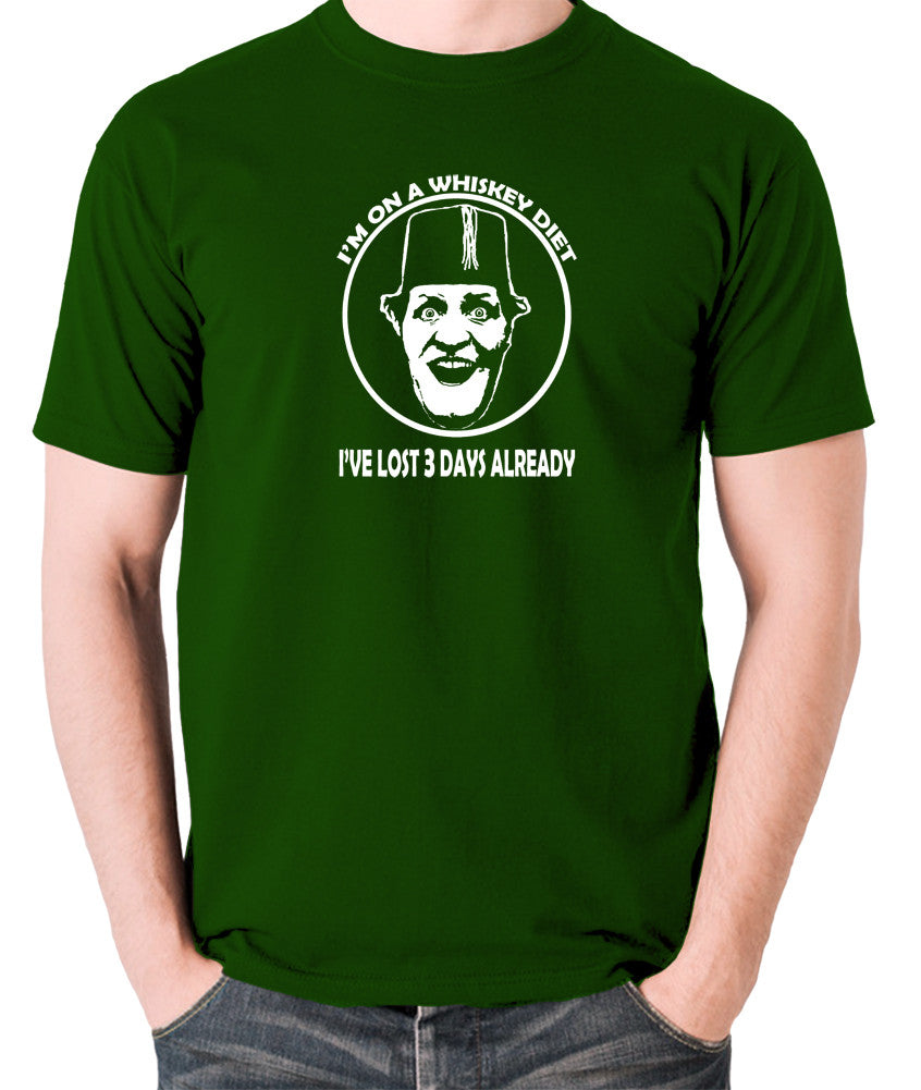 Tommy Cooper - I'm on a Whiskey Diet, I've Lost Three Days Already - Men's T Shirt - green
