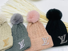 Load image into Gallery viewer, Pompom Winter Beanie
