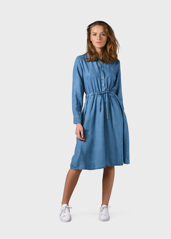 Klitmøller Collective ApS Cornelia dress Dress Light blue chambrey