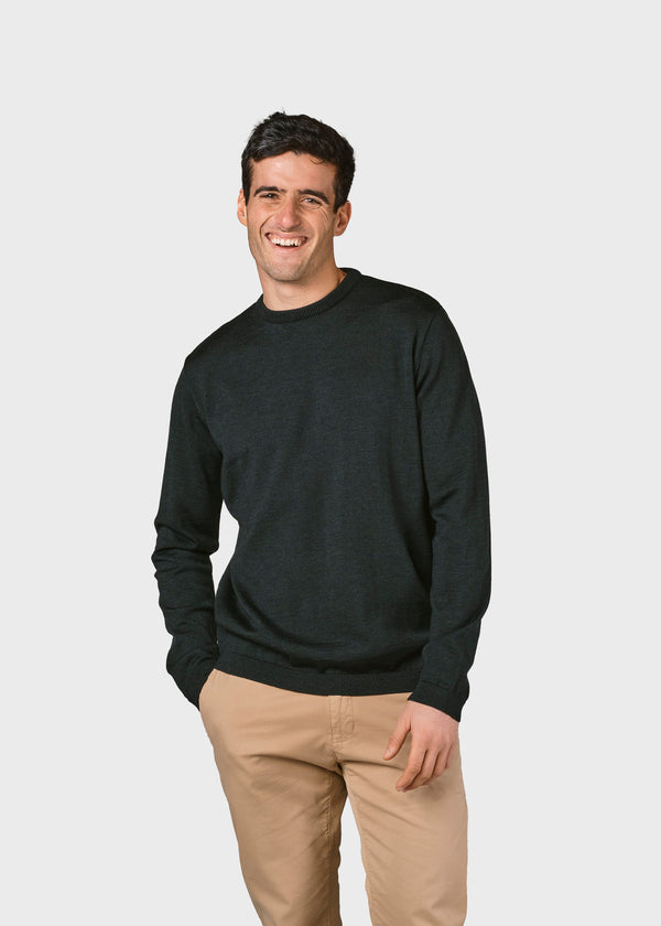 Klitmøller Collective ApS Mens basic merino knit Knitted sweaters Olive