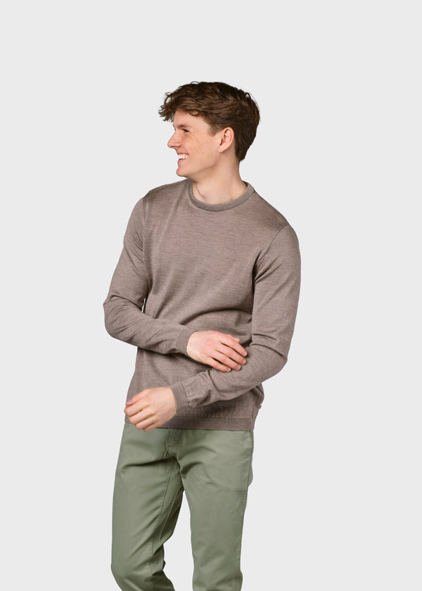 Klitmøller Collective ApS Mens basic merino knit Knitted sweaters Sand
