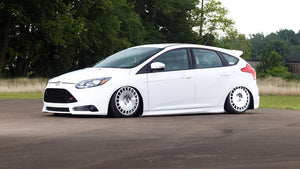 Ford Focus (MK3) / Mazda 3 - Airlift Performance - Front Kit