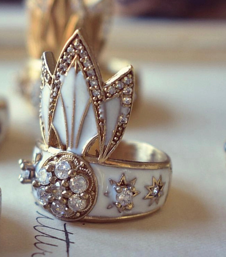 LUX DIVINE Tiger Lilly Ring