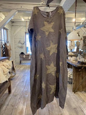 Magnolia Pearl European Linen Cassie Star Appliqué Dress
