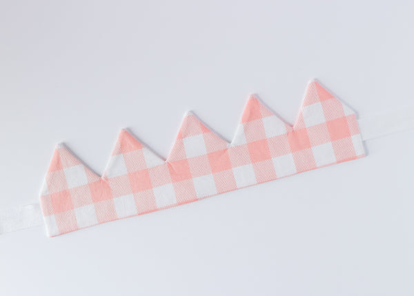 Back of reversible garden party crown, large pink gingham