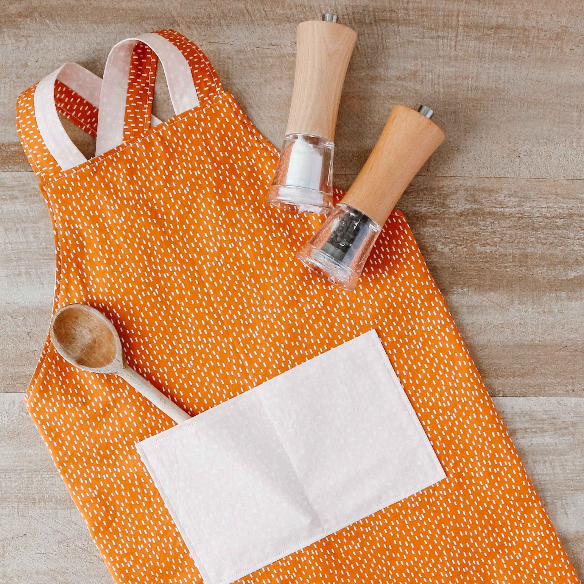 Cinnamon Reversible Chef's Apron