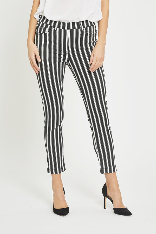Hannah Regular Crop - Black White Stripe