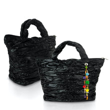 Laden Sie das Bild in den Galerie-Viewer, AIR-Beauty-bag mit Angel, black