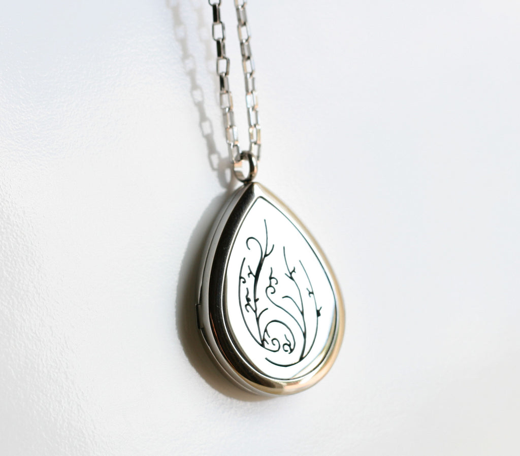 Aromatherapy Essential Oil Diffuser Necklace - Stainless