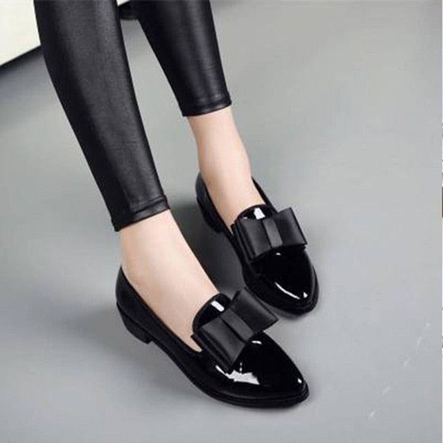 Women Flats Women Shoes Bowtie Patent Leather Women's Low Heels Slip on Footwear Female Pointed Toe Thick Heel 2020 New Rubber