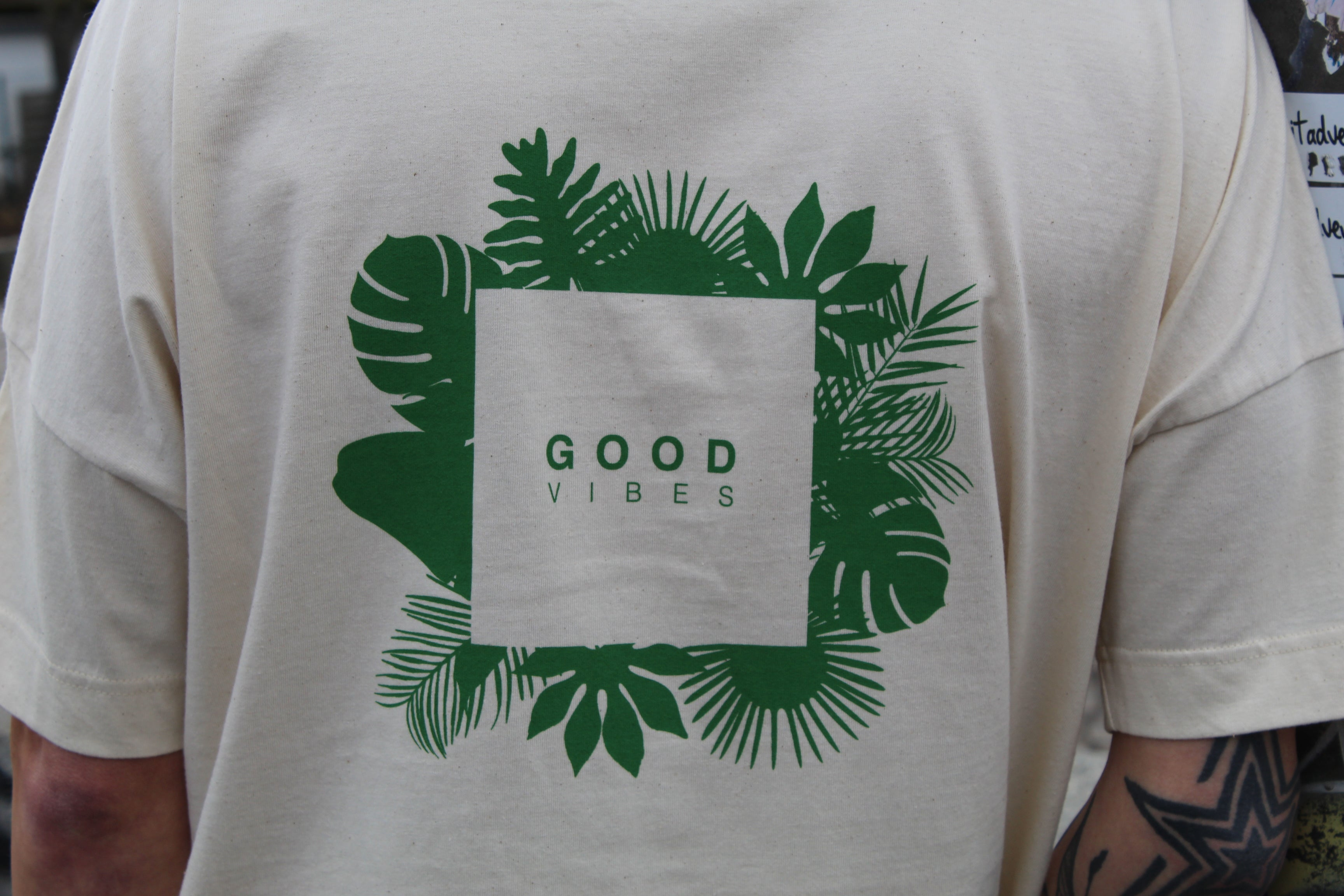 "BROTHRS ""Good Vibes"" white Oversize Crew Neck Shirt"