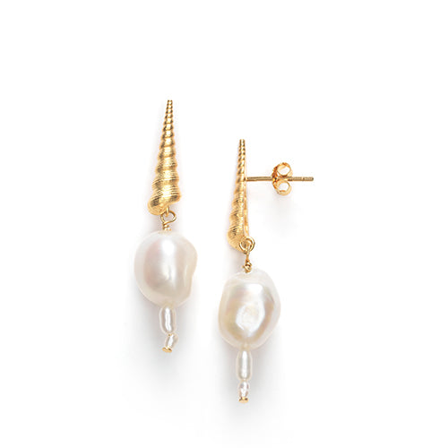 Turret Shell Baroque Earrings Gold