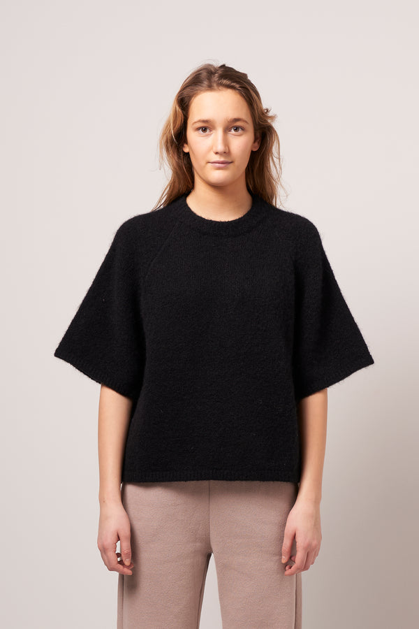 East Roundneck Sweater Black