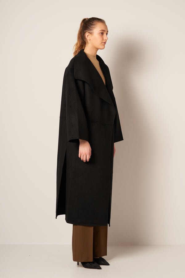 Annecy Coat Black