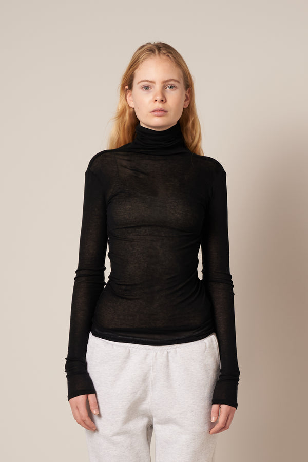 Massachusetts Turtleneck Black