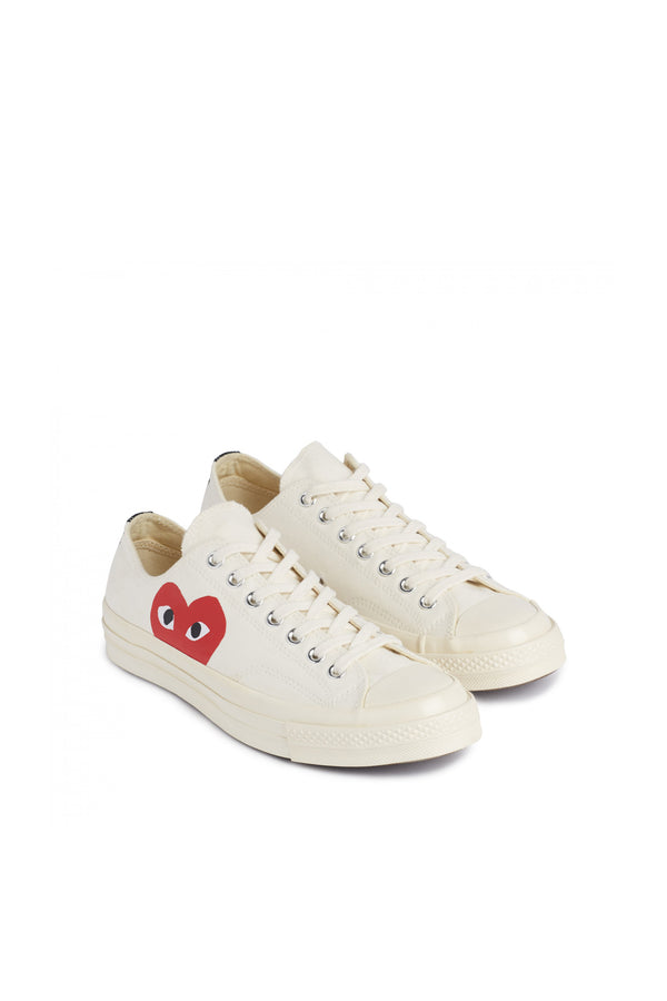 Chuck Taylor Red Heart Low Sneakers White