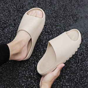 New Style Slippers Men Fashion Summer Solid Color Casual Home Slipper Shoes Eva Injection Non-slip Shoes Beach Slides