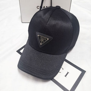 Peaked cap 2020 New Style Luxury Triangle Brand Women Men Unisex  Fashion Sunscreen Beach Hat Fit 52-58cm