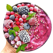 Load image into Gallery viewer, Fairy Superfoods Acai Berry powder is 100% natural. It is packed with vitamins and minerals. Strengthen your immune system and boost your skin health by adding Açai Berry powder to your smoothies!