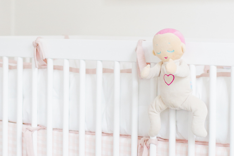 Llla doll velcro straps attache to crib cot comply with SIDS guidleines
