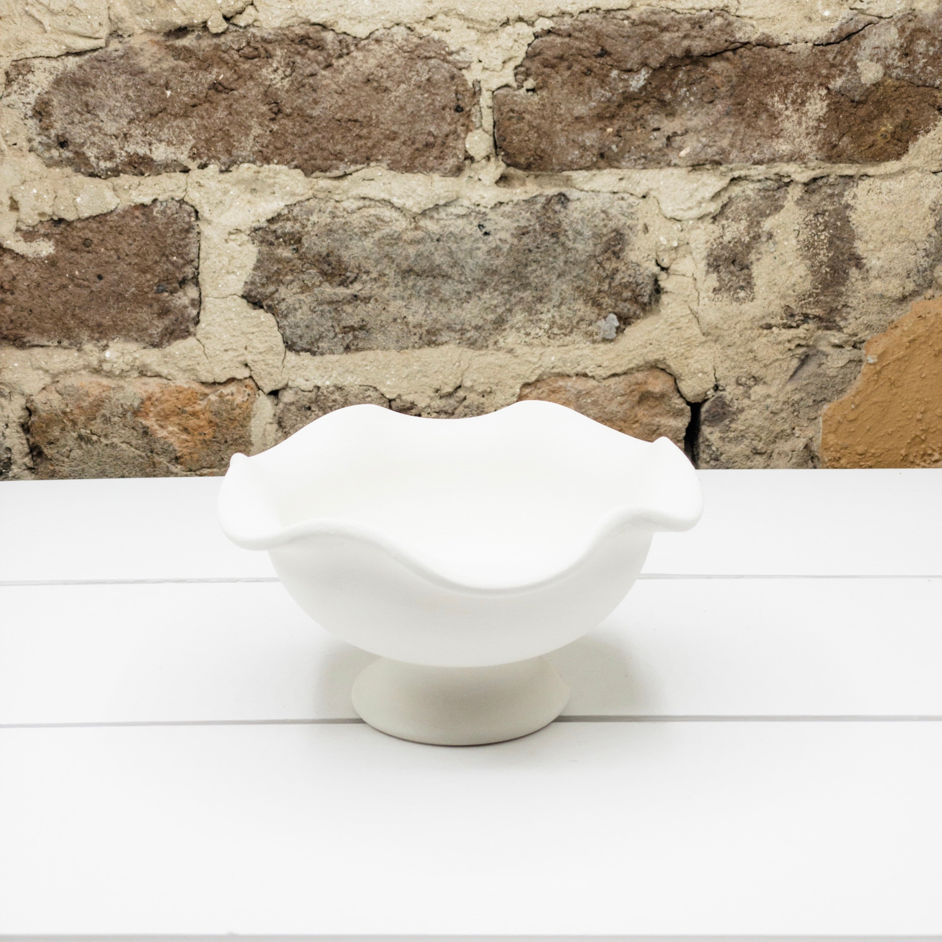 Ruffle Footed Ice Cream Bowl