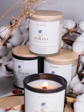 Load image into Gallery viewer, pina colada 100% natural soy wax candle handcrafted in Hong Kong made with 100% essential oils all natural eco-friendly home goods