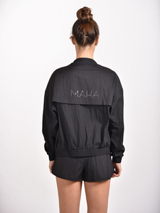 Maha Yogi windbreaker black ethical activewear made from upcycled deadstock fabric