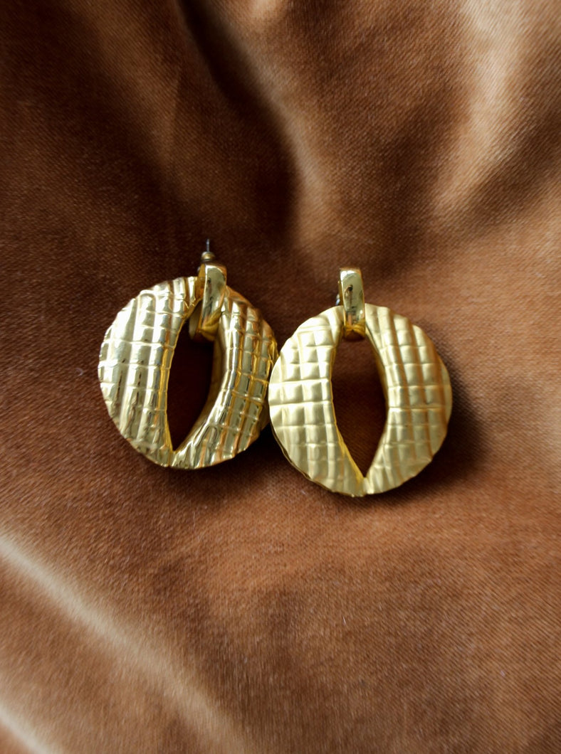 authentic vintage gold earrings shop sustainably and save the planet