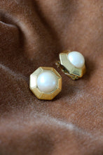 Load image into Gallery viewer, authentic vintage gold tone earrings with pearl