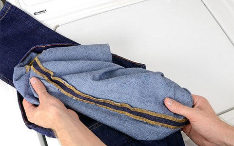 Wash -your -jeans- inside -out