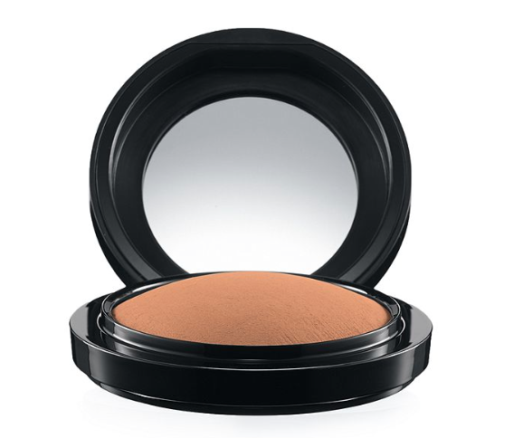 * MAC Mineralize Skin Finish Natural