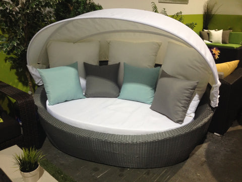 The Aruba Cabana   Daybed