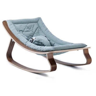 This LEVO baby rocker from Charlie Crane is perfect to settle baby comfortably! It is also a nice object that will perfectly blend into your interior.