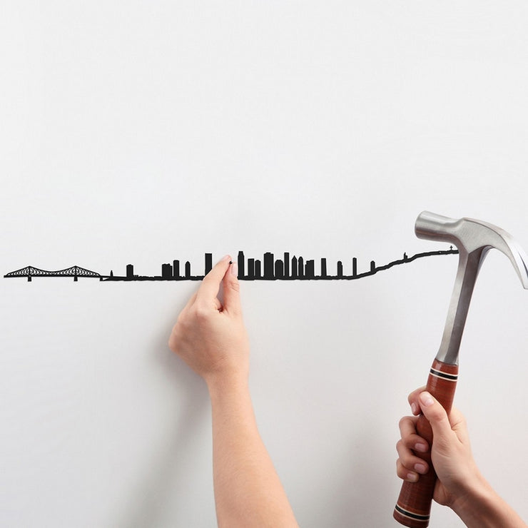 THE LINE - Montreal skyline in black steel - Original wall decoration