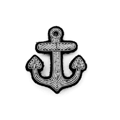 MACON & LESQUOY - Hand embroidered brooch - Little silver anchor