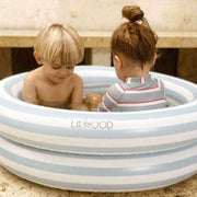 LIEWOOD - Leonore inflatable pool for kids - Sea blue stripes - Scene