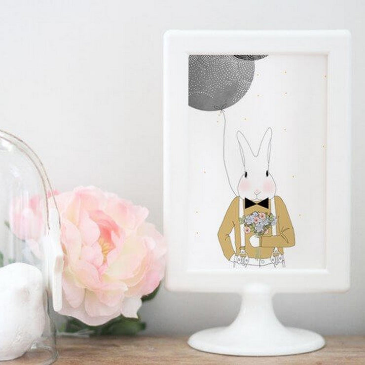 MY LOVELY THING - Camille the rabbit greeting card - Scene