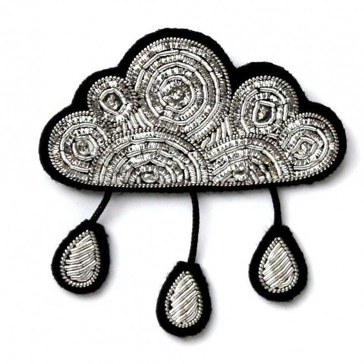 MACON & LESQUOY - Hand embroidered brooch - Silver cloud and drops
