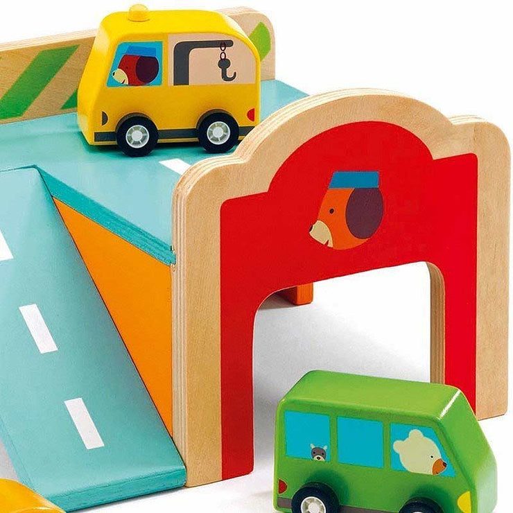 DJECO - Wooden mini garage for toddlers  - Details