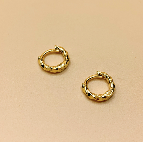 Bhendi Mini Hoop Earring