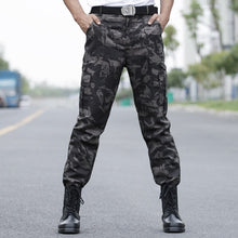 Load image into Gallery viewer, 2018 Mens Cargo Pants Autumn Winter Camouflage Pants Fashion Tactical Military Pants Casual Men Army Brand Male Tracksuit 50