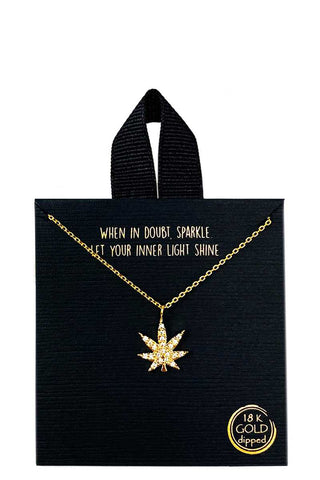 Collier de marijuana en strass trempe en or 18 carats rhodie 53822. Disponible sur RACKI.FR, FRANCE.