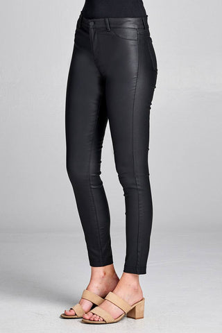 Pantalon long en polyurethane a 5 poches 39135. Disponible sur RACKI.FR, FRANCE.