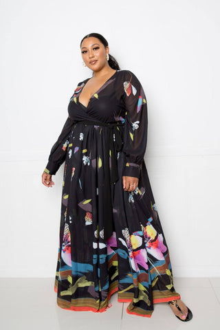 Robe longue a imprime tropical 52474. Disponible sur RACKI.FR, FRANCE.
