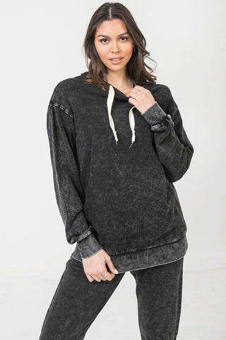 Un sweat a capuche lave mineral 53162. Disponible sur RACKI.FR, FRANCE.