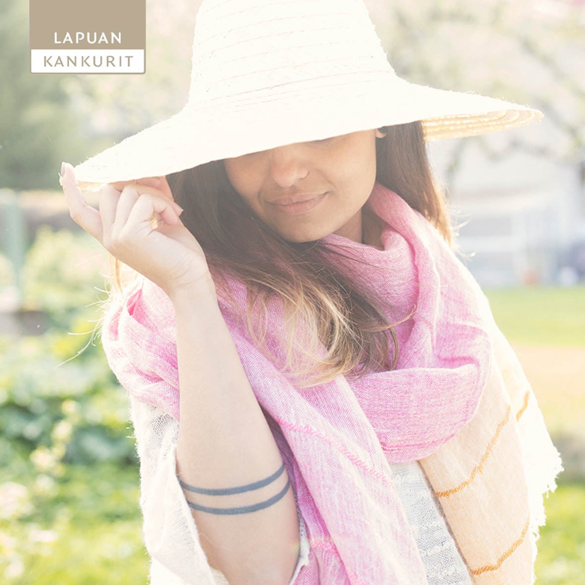 LAPUAN KANKURIT Tsavo Two Tone Washed Linen Scarf