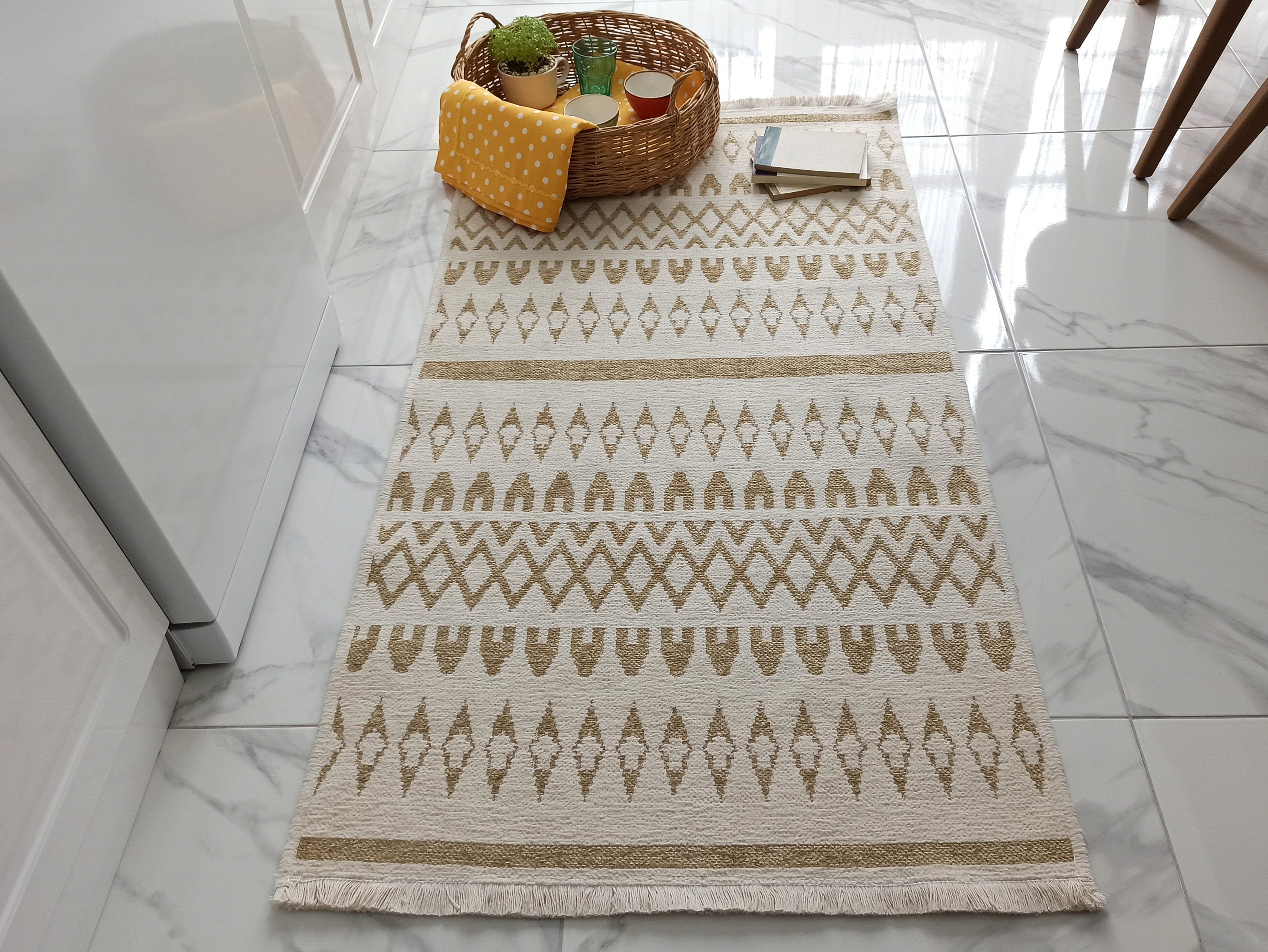 NEU RUNNER | Washable Kilim Rug, Revesible Flatweave Soft, Pastel Modern Turkish Kilim Runner, White Beige Neutral Throw rug, Double Sided