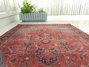 HANDA Runner | Heriz Design Rug, Oriental Runners, Persian Pattern, Antique Hand knotted look, Medallion Decor, Light & Navy Blue, Red, Rugs