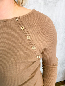 Ribbed Long Sleeve with Buttons