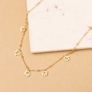 Oops A Daisy Necklace